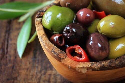 600 varieties of olives