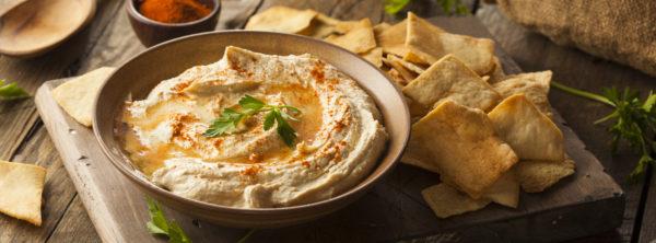 Delicious Israeli Recipes   How to Make Fresh Israeli Hummus and Tahini Sauce